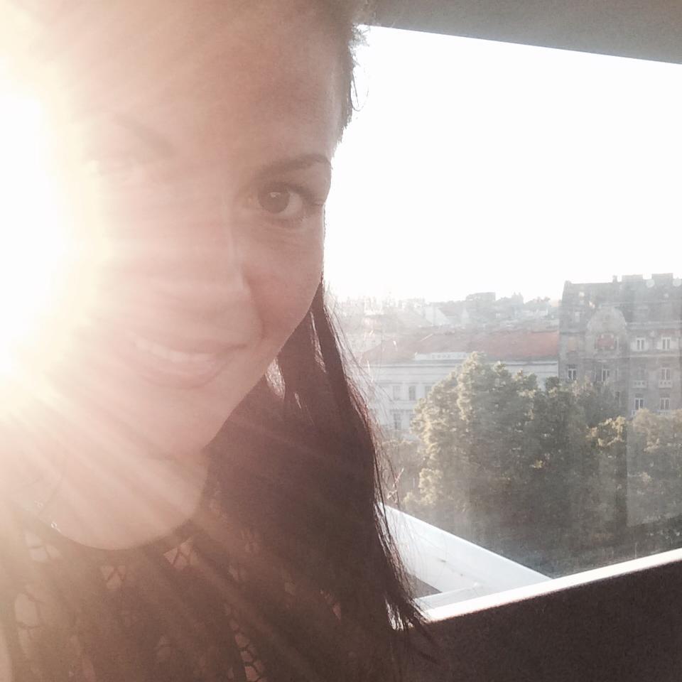 velemenyek-Alexandra-Oszter-színésznő